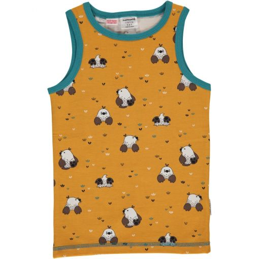 Camiseta de tirantes, de niño, hecha en algodón orgánico con estampado de topos y fondo en color mostaza.