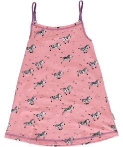 Vestido de tirantes, de niña, con estampado de cebras sobre fondo rosa. Hecho en algodón orgánico.