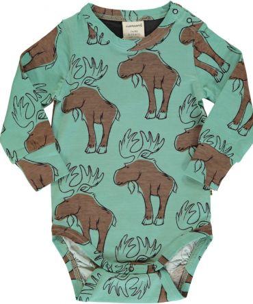 Body estampado de algodón orgánico, de bebé, de manga larga, con bonito estampado de alces sobre fondo verde. Es una prenda unisex.