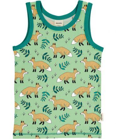 Camiseta de tirantes, hecha en algodón orgánico, con divertido estampado de zorros sobre fondo verde y vivos a contraste en turquesa. Es una prenda unisex.