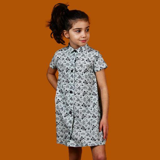 Vestido manga corta infantil, camisero y hecho en algodón orgánico, con estampado de tatus old school. Hecho en España de manera sostenible.